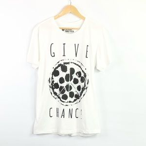 Hot Topic Graphic tee give pizza a chance T-shirt